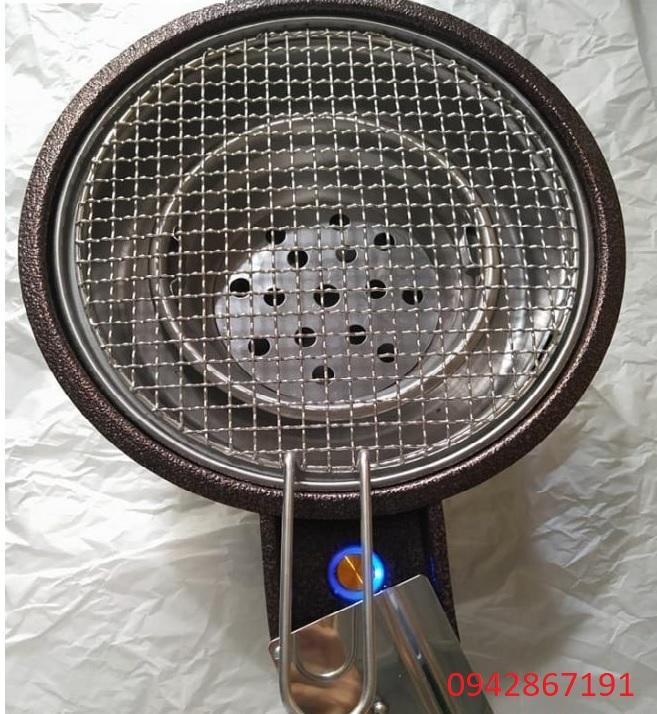 Lò nướng than hoa có quạt thổi than chạy bằng pin tại Sài Gòn